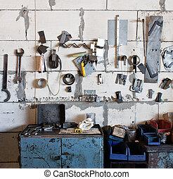 assortimento, di, attrezzi, appendere, parete