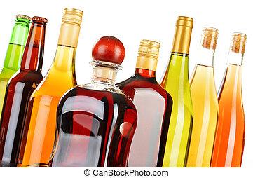 assortito, bottiglie, bevande alcoliche, isolato, bianco