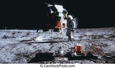 Astronaut walking on the moon. - Highly realistic animation...