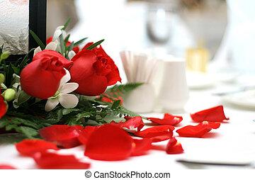 asztal, lakberendezési tárgyak, esküvő