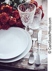 asztal, lakberendezési tárgyak