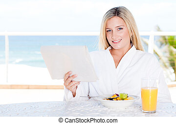 asztal, reggeli, nő, fiatal, meglehetősen