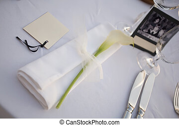 asztal, serviett