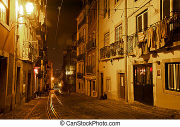 At night in the Alfama