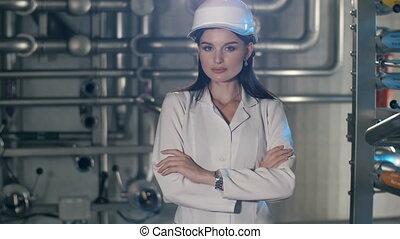 atelier, femme, jeune, ingénieur