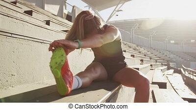 athlète, stade, étirage, caucasien