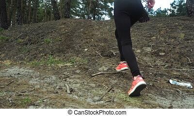 athlétique, girl, pratiquer, jeune, forêt