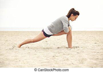 athlet, dehnen, sandstrand, übung, weibliche