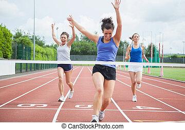 athlet, feiert, rennen, gewinnen, an, zielband
