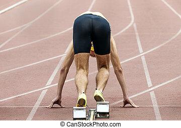 athlete runner start