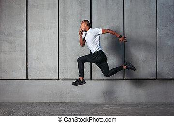 athletische, rennender , junger mann