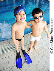 atividades, em, a, piscina, crianças, natação, e, tocando, em, água, felicidade, e, verão