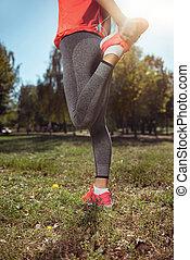 ativo, menina, fazendo, esticar, antes de, manhã, exercícios