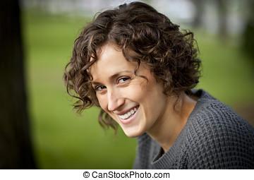 ativo, mulher madura, sorrindo