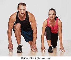 atlético, homem mulher, fazendo, exercício aptidão
