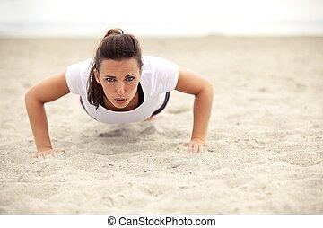 atletisch, Duw, vrouw, strand, op
