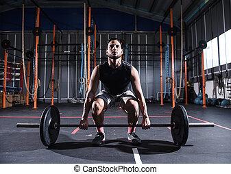 atletisk, man, arbeten, ute, hos, den, gymnastiksal, med, a, barbell