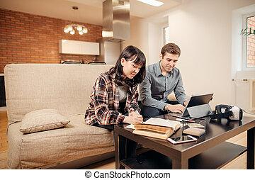 atmosphère, confortable, fonctionnement, étudiants, deux, ordinateur portable, projet, chaud