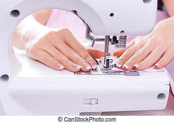 atrás, costura, mujeres, ella, manos