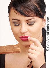Atractive brunette woman