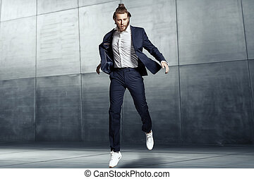 atractivo, joven, llevando, deportes, traje