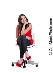 atractivo, mujer joven, se sentar sobre una silla