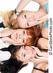 atractivo, tres mujeres