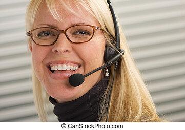 atraente, executiva, com, telefone, headset