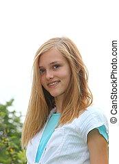 atraente, menina adolescente, com, dental, alça