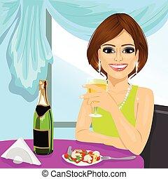 atraente, mulher, jantar, em, restaurante