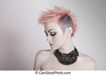 atraente, mulher jovem, com, um, punk, penteado