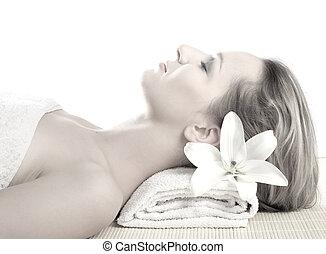 atraente, mulher, obtendo, tratamento spa