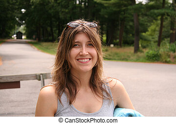 atraente, mulher sorri