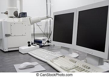att genomsöka elektron mikroskop