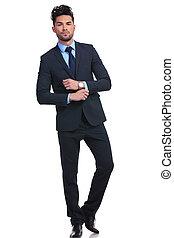 atteggiarsi, moda, giovane, uomo affari