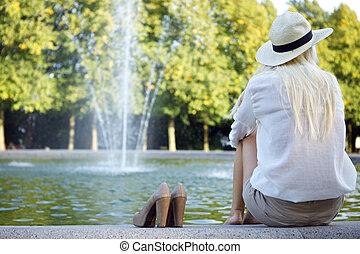 attente, femme, fontaine, séance