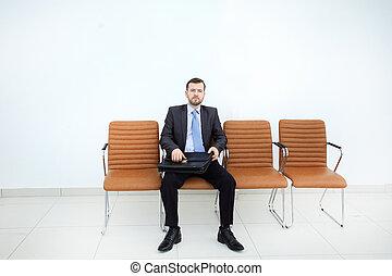 attente homme affaires, pour, business, meeting.