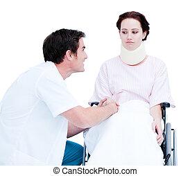 attentif, docteur, fauteuil roulant, mâle, patient, discuter