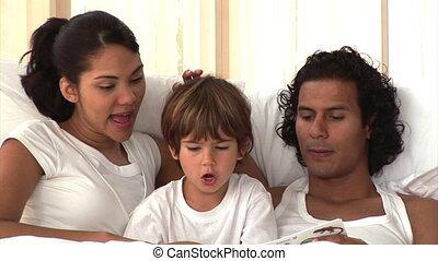 attentif, livre, parents, lecture