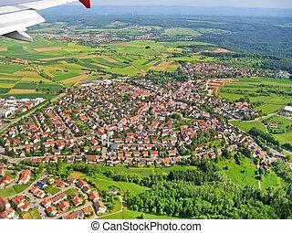 atterrissage, approche, -, village, vue aérienne