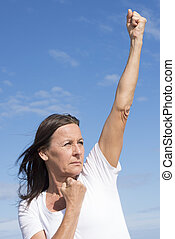 attivo, fiducioso, donna, potente, pensionato