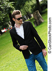 Attractive man with sunglasses