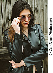 Attractive young woman with sunglasses