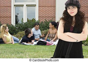 attradtive, högskola studerande, på, campus