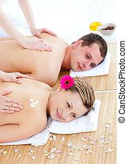 attraente, coppia, godere, massaggio posteriore, giovane