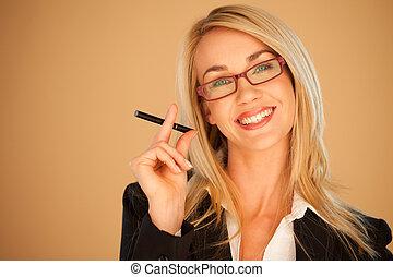 attraente, donna professionale, fumo