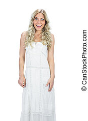 attraente, proposta, sorpreso, modello, vestito bianco