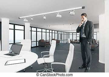 attraente, uomo affari, stanza riunione, contemporaneo