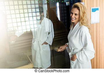 mann halb nackt frau entspannung sauna frau begriff bild suche foto clipart csp15671779. Black Bedroom Furniture Sets. Home Design Ideas