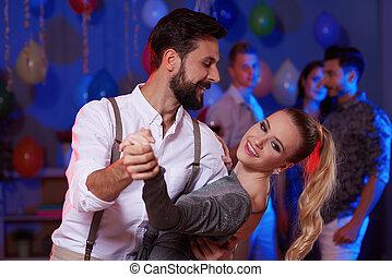 attraktive, und, verspielt, ehepaar, tanzt, an, party